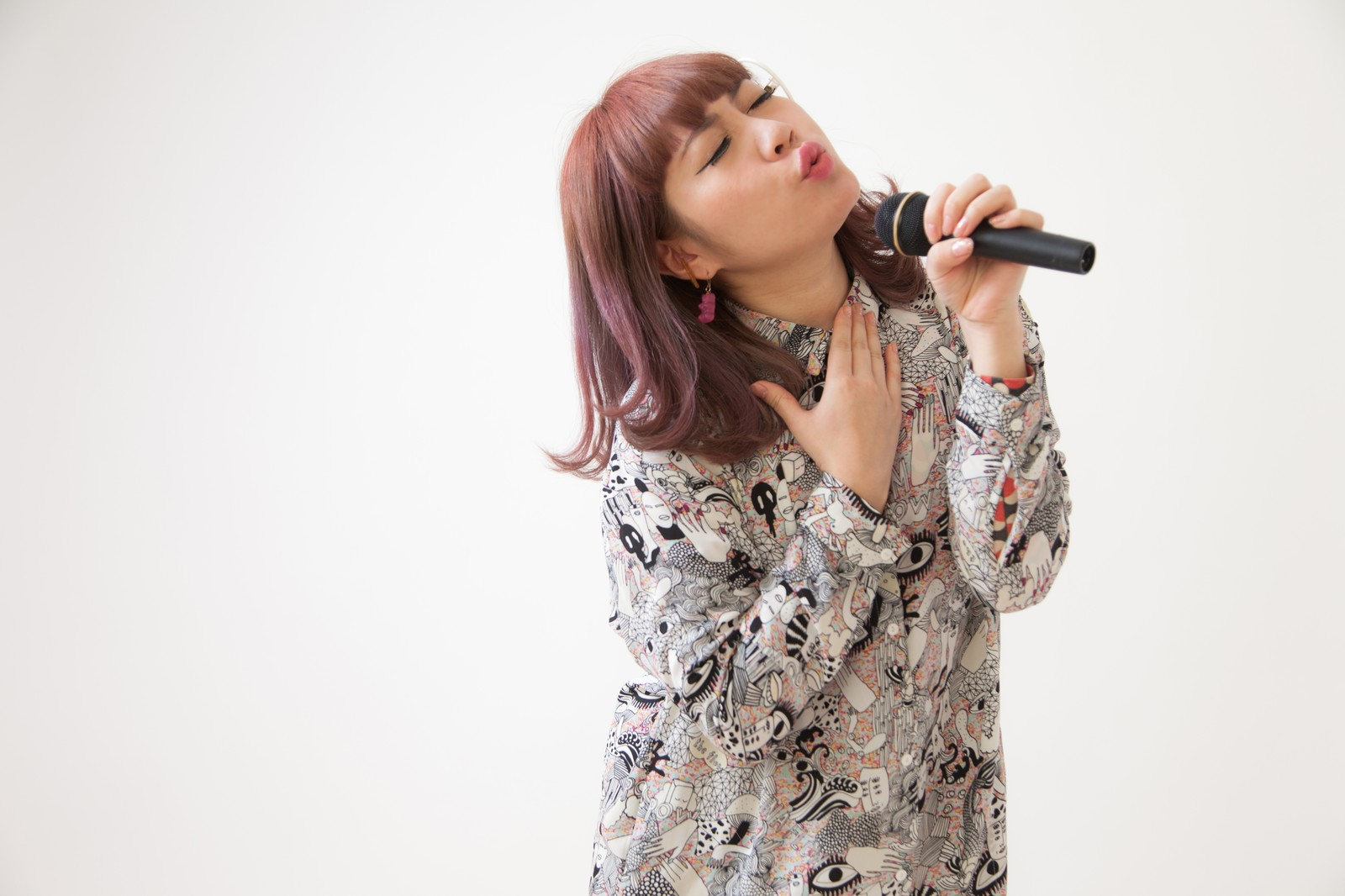 【カラオケ】女だけど低音を拡げたい!!lowGまで出せるようになりたい!!